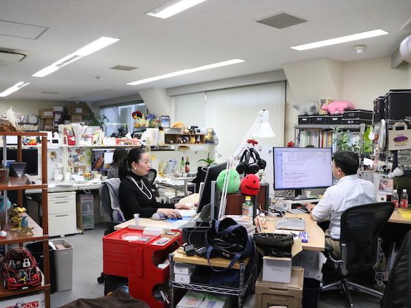 [写真]はたらく環境 オフィスの様子